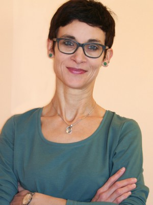 Frau Dr. Yvonn Dodt